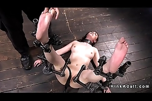 Brunette in bondage gets feet oppress