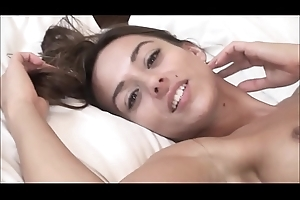 VRpussyVision.com - Lickerish brunette that knows nevertheless to tease u
