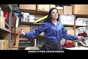 ShopLyfter - Teen Receives Chagrined Wits LP Officer'_s Cock