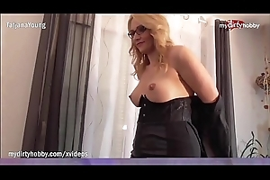 My Dirty Hobby - Hot assistant eats out her king