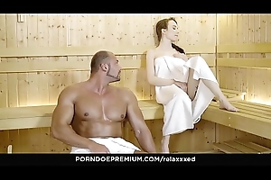 RELAXXXED &ndash_ Tattooed Angel Rush erotic sauna sex boxing-match and facial