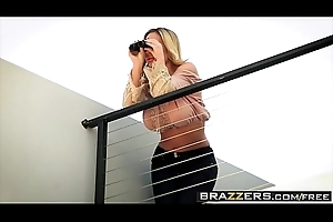 Brazzers - Milfs Like in the chips Big - (Olivia Austin) - Sweet Sweetmeat Be required of A Neighbor
