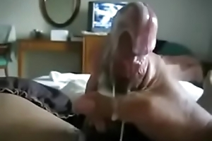 Trying far hold that Nut counter can'_t resist alot of cum!