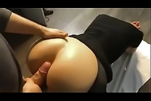 Unprofessional sex in chocolate hole and pussy