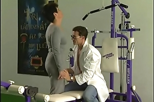 XXX mature woman gets fucked by trainer in a gym