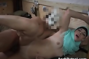 Arab Trip Hookers Drilled And One Takes Facial From Soldier