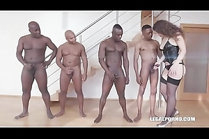 Big Loot Gripe Sofya Curly gets her Ass destroyed by 4 Funereal Bulls!