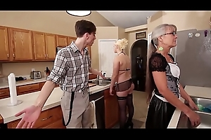 Mom and Stepsis Triumvirate after brainwash - Leilani Lei Fifi Foxx