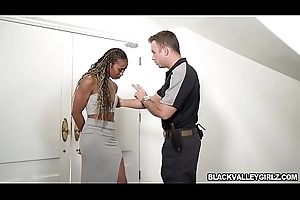 Sex-mad cop fucked Inconclusive Stones brown pussy